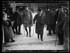 Préliminaires de la Paix à Paris, début 1919. David Lloyd George (1863-1945), Premier ministre britannique, et le lieutenant Harmsworth. © Excelsior – L'Equipe/Roger-Viollet