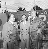 Enzo Ferrari (1898-1988), pilote automobile et industriel italien, avec Cornacchia et Bertè. © Alinari / Roger-Viollet