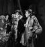 """""""La Folle de Chaillot"""", pièce de Jean Giraudoux. Marguerite Moreno et Louis Jouvet. Pièce créée le 22 décembre 1945 au théâtre de l'Athénée. Paris (IXème arr.). © Studio Lipnitzki / Roger-Viollet"""
