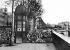 Commune de Paris, 1871. Barricade du quai près de l'Hôtel de Ville (IVème arr.).    © Roger-Viollet