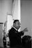 """Martin Luther King (1929-1968), pasteur américain et leader pour les droits civiques, s'exprimant lors d'un rassemblement du """"parti démocrate de liberté du Mississippi"""" (MFDP). Atlantic City (New Jersey, Etats-Unis), 10 août 1964. © 1976 George Ballis / Take Stoc"""