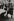 Sergio Larrain (né en 1931), photojournaliste chilien. Londres (Angleterre), 1958.  © Jean Mounicq/Roger-Viollet