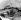 Découverte du tombeau du pharaon Toutankhamon (mort en 1323 avant J.-C.), en 1923. L'enlèvement du lit funéraire en bois doré en présence d'Howard Carter. © Roger-Viollet
