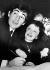 Mariage d'Edith Piaf et de Theo Sarapo, chanteurs français. Signature du registre à la mairie. Paris, 9 octobre 1962.       © TopFoto/Roger-Viollet