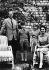 Famille royale britannique. La reine Elisabeth II (née en 1926), le prince consor Philip (né en 1921), Charles (né en 1948), et Anne (née en 1950). 15 juin 1959. © Ullstein Bild / Roger-Viollet