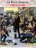 """Excentrique arrêté alors qu'il distribuait sa fortune aux passants (1926). Gravure extraite du """"Petit Journal"""". © Roger-Viollet"""