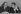 Pierre Mauroy (1928-2013) et Michel Rocard (1930-2016), hommes politiques français. Paris, vers 1980. © Jacques Cuinières / Roger-Viollet