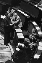 Pierre Mauroy (1928-2013), homme politique français, Premier ministre. Paris, Assemblée Nationale, vers 1980. © Jacques Cuinières / Roger-Viollet