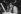 Michel Legrand (1932-2019), auteur-compositeur et chanteur français, et Caterina Valente (née en 1931), chanteuse française, en répétition salle Pleyel. Paris, décembre 1972. © Roger-Viollet