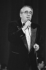 Michel Legrand (1932-2019), musicien, compositeur, pianiste de jazz et chanteur français, lors d'un concert. Erevan (Arménie), 1er février 1987. Photographie de Ruben Mangasaryan. © Ruben Mangasaryan / TopFoto / Roger-Viollet